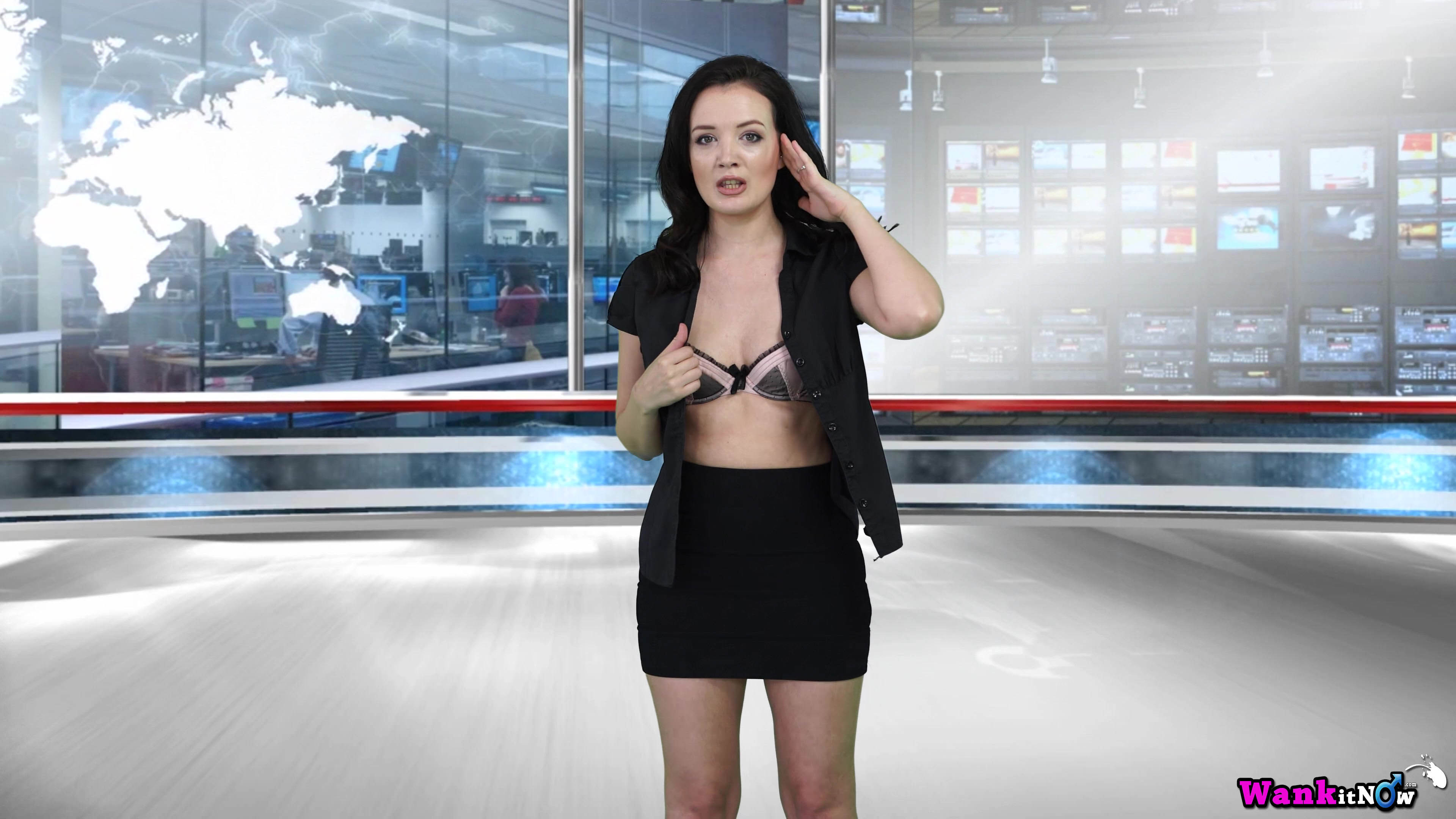 naked boobs weather girl